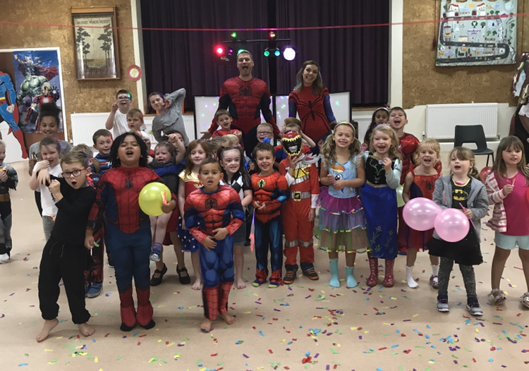 superhero party sandhurst childrens entertainer